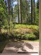 Saunaosaston terassille siintää järvi