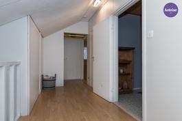Yläkerran pieni aula