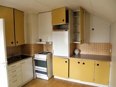 2.krs 35 m2 h+k asunnon keittiö