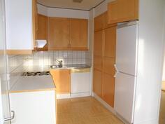 1.krs 85 m2 asunnon keittiöstä