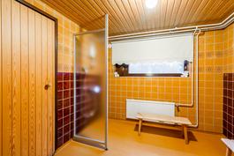 alkuperäinen kylpyhuone ja sauna