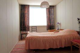 Huoneisto 1. makuuhuone