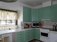 keittiö on remontoitu 2000-luvulla