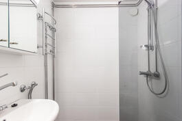 Kylpyhuoneesta 1