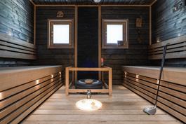 Tilava, tyylikäs sauna