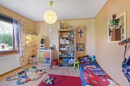 Lapsille oma makuuhuone- Egen sovrum för barnen