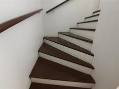 Porraskäytävä yläkertaan
