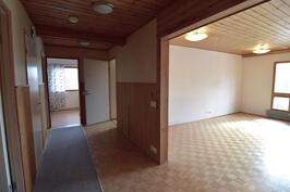 Olohuone ja aula