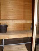 sauna on siisti, lasiovi on uusi