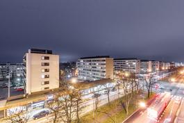 Kauniit kaupunkinäkymät 6. kerroksesta / Vackra stadsutsikter från 6. våning