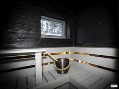 Puulämmiteinen sauna - Vedeldad bastu