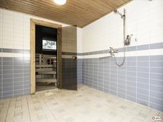 Kellaritilan pesuhuone - Tvättutrymmet i källaren