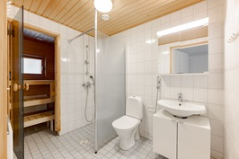 yläkerran kph ja sauna
