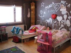 Yläkerta makuuhuone2