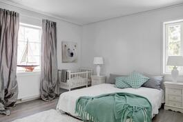 Makuuhuone 1 (kuva A-talosta)