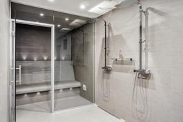 suihku-ja saunatilat, höyrysauna