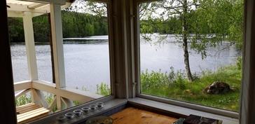 Saunamökistä upea näkymä järvelle