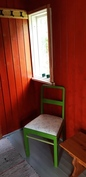 Pukuhuone saunamökissä