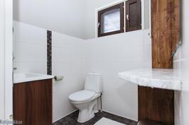 Alkuperäisen puolen wc