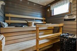 Sauna remontoitu tyylikkäästi