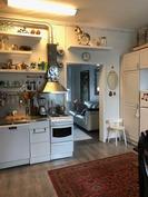 Yhden asunnon keittiö