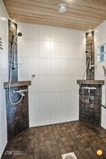 alakerta kylpyhuone