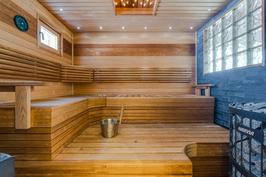 Upeaaksi viimeistelty sauna