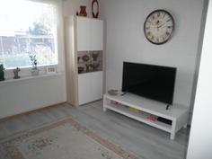 Makuuhuone/TV-huone