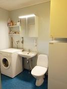 Kylpyhuone / wc / lämminvesivaraaja