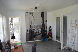 alakerran yhdistetty huone/työhuone