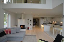 Olohuone, rh, keittiö, valoisa ja avara. Esimerkkikuva valmiista kohteestamme samalla pohjalla.