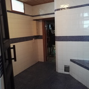 1.kerroksen sauna ja pesuhuone  (rakennettu -90 luvun alussa)