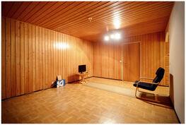 Olohuoneen koko on 21 neliötä.