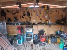 Työkaluja mukana kauppaan