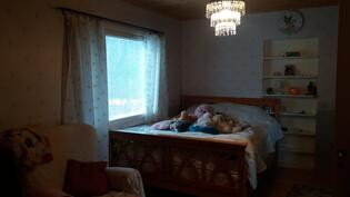Makuuhuone keskikerroa