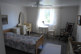 Yläkerran makuuhuone nro 3