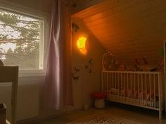 yläkerran lastenhuone-1