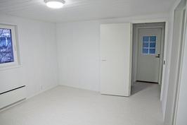 työhuone/askarteluhuone