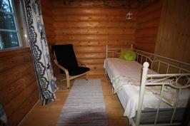 Makuuhuone/alakerta