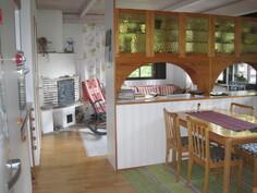 Keittiö ja takkahuone