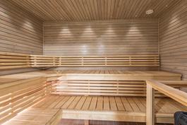 Taloyhtiön saunaosastolle kuljet suoraan oman huoneiston alakerrasta.
