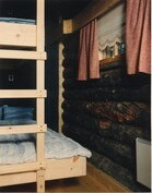 Alakerran pieni makuuhuone