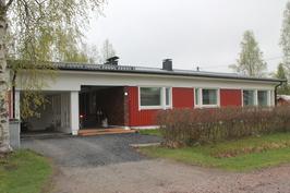 Hyvin pidetty ja kivasti laitettu talo; 4h,keittiö, sauna, 116 neliötä, 127000 euroa