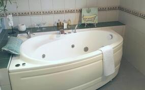 yk - kylpyhuoneen poreallas