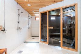 ak - spa - kahdet suihkut