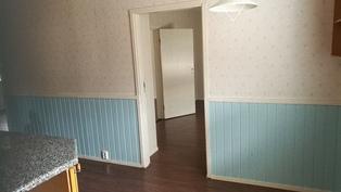 makuuhuone1 ovi keittiön suunnasta