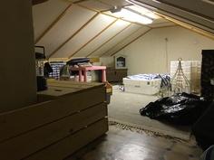 Eristetty ullakko 40 m2