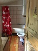 Kylpyhuone 2 krs