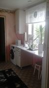 kodinhoitohuone, keittiöstä katsottuna