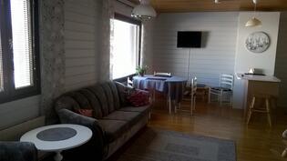 Keittiö / olohuone